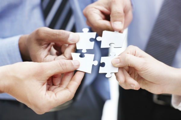 business-insurance-puzzle