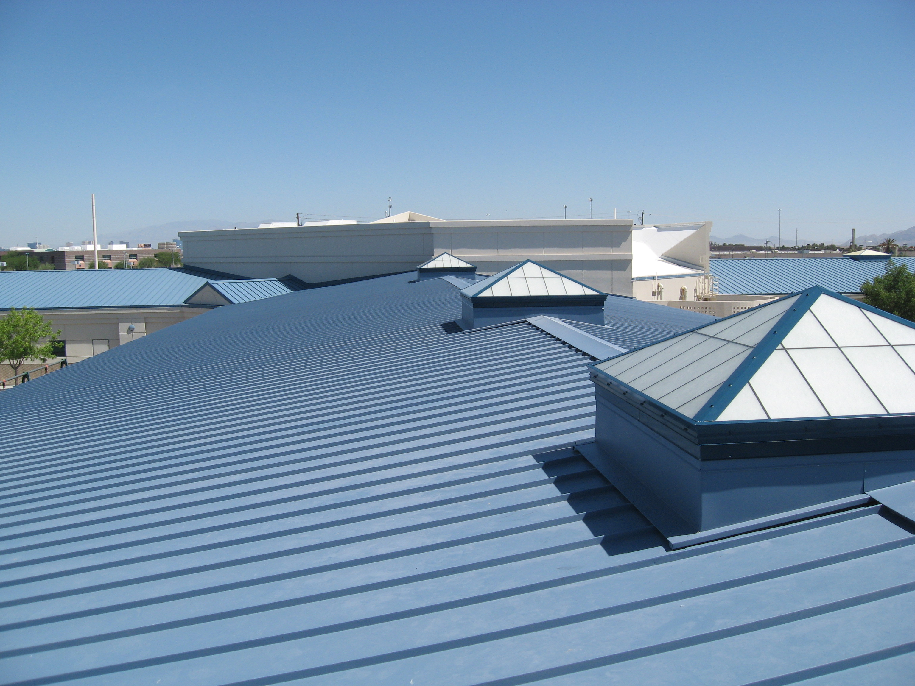 7 Popular Siding Materials To Consider: Top Commercial Roofing Contractors For Timely, Quality