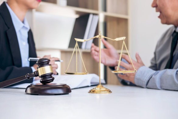 5 Factors To Consider When Choosing A Law Firm For Your Business